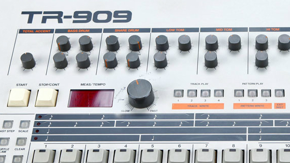 BREAKING: ROLAND AIRA TR-8 TO TAKE ON FIGHT WITH KORG 909 AT NAMM 2014